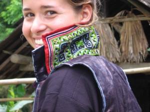 Claire_Hmong Collar